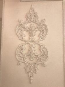 華やかな壁面装飾