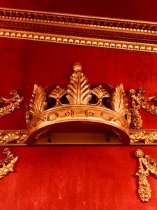 王冠の装飾品
