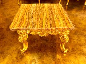 豪華なテーブル